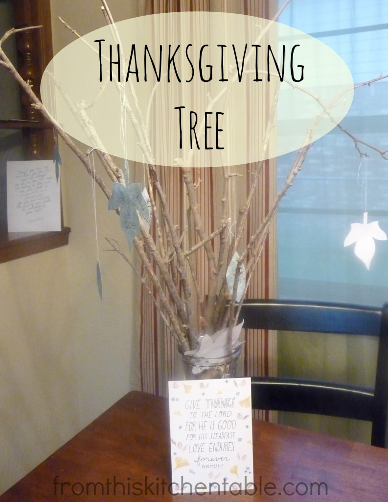 Thanksgiving Tree with a toddler @ fromthiskitchentable.com