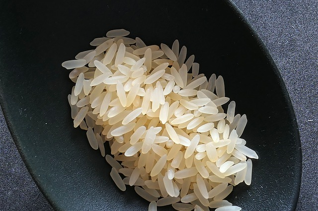 bowl of dry rice for simple fried rice recipe