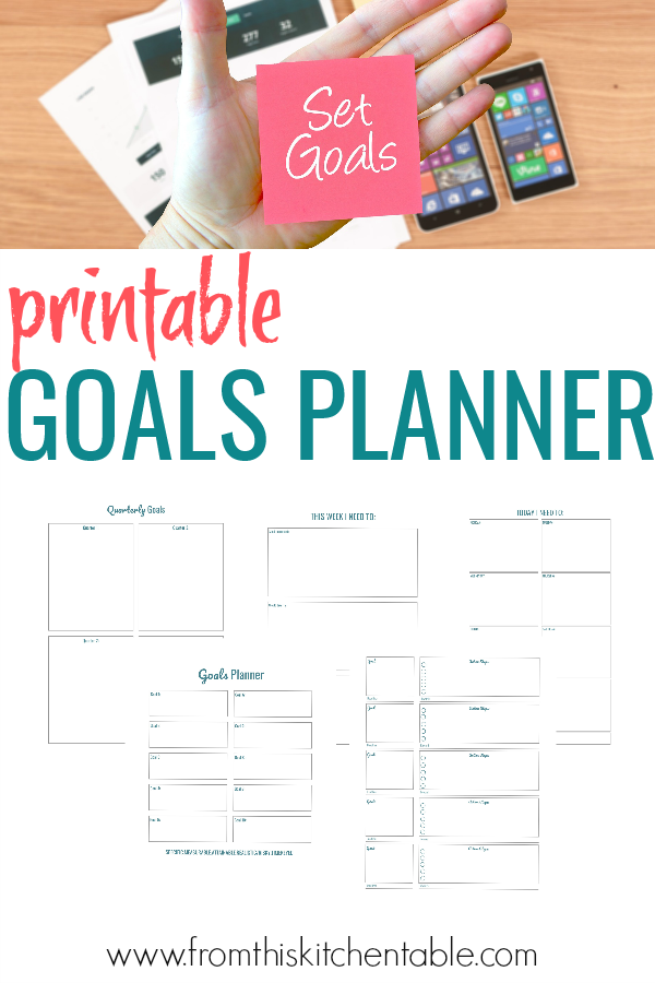 picture of the goals planner and a sticky note that says set goals